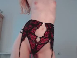 cosmicfairy Perverse squirting slut in fishnets gives head job and gets pussy hammered