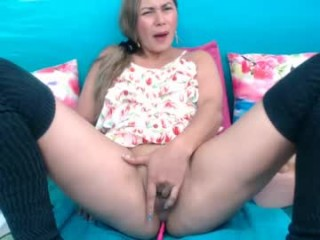 queenx_squirt Amorous blondie squirted webcamgirl masturbating with a large dildo