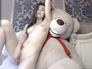 kim_so1 Delicious doing cumshow brunette with big breasts sucking a large dildo