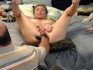 dirtinla Two ultra sexy honeys Jarka and Giovanna gets facialized by a lucky stud