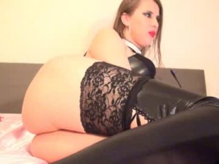 natashsquirt Excited blonde cumshow bitch sucking a gigantic penis on her knees
