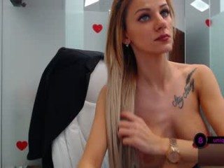 jessiejaye Raunchy blonde cumshow seductress riding a massive dick on the couch