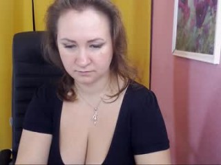 alisamisty Appealing redhead cumshow via cam with big jugs gives blowjob in 69 position