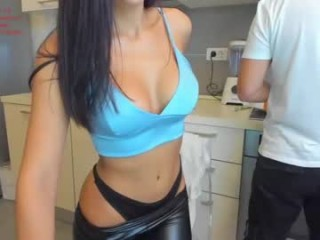 doll_lexi Cute blonde squirted webcamgirl masturbating with a large dildo