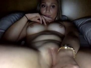 lalaberry_304 Tantalizing blonde squirted babe sucking and fucking a large cock in the balcony