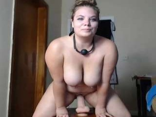 bouncinbooty Big breasted squirted honey sucking and fucking a giant dildo online