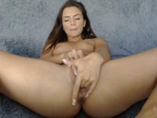 hondagirl Horny brunette liveie squirting camgirl Edita riding anally a large penis on the couch