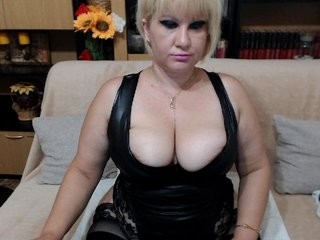 evesquirt Pigtailed blond squirtedie angel Anni gives blowjob and gets anally screwed by a giant prick